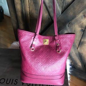 Louis Vuitton Leather Empreinte Citadine bucket